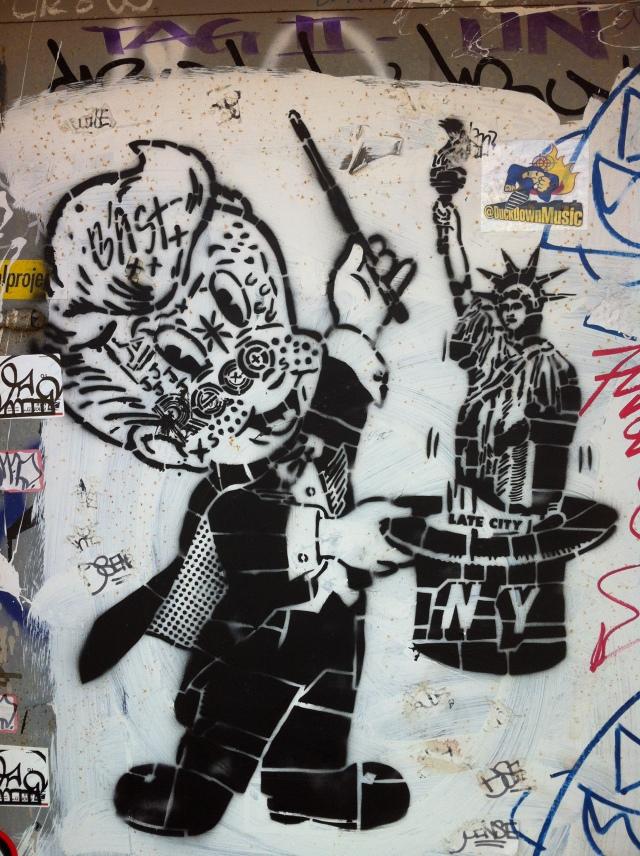 Williamsburg graffitti - photo by Amy