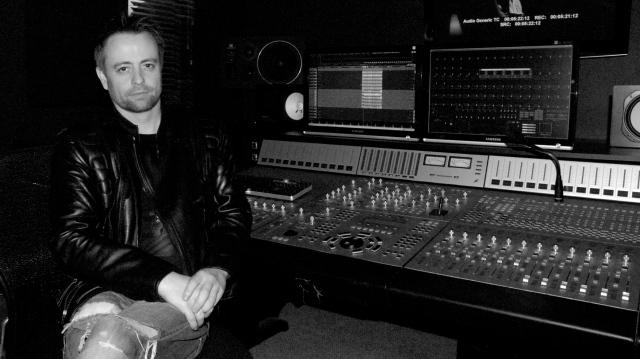 Kelly Dolen at Soundwaves Studios South Melbourne